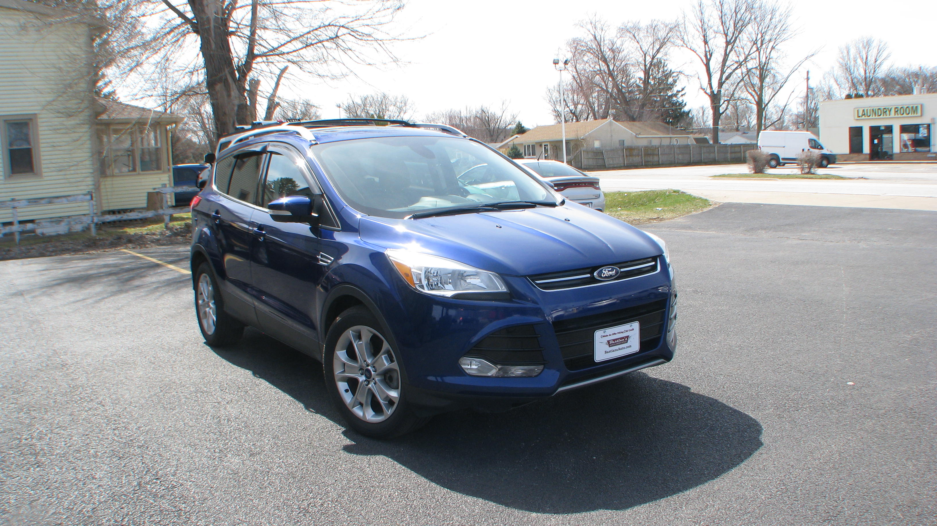 Pre-Owned 2014 Ford Escape 4d SUV FWD Titanium