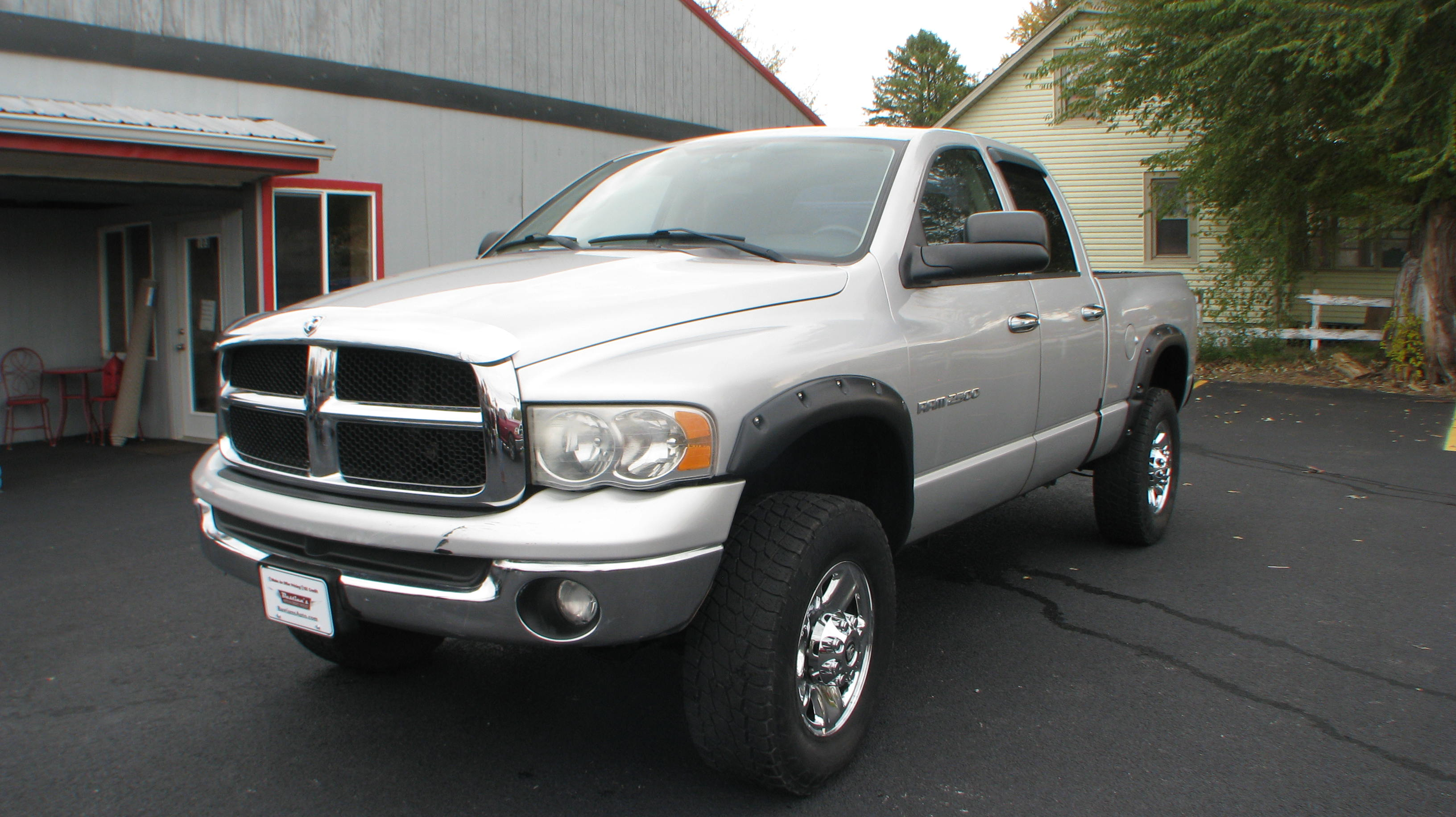 Pre-Owned 2003 Dodge Ram 2500 4WD Quad Cab SLT